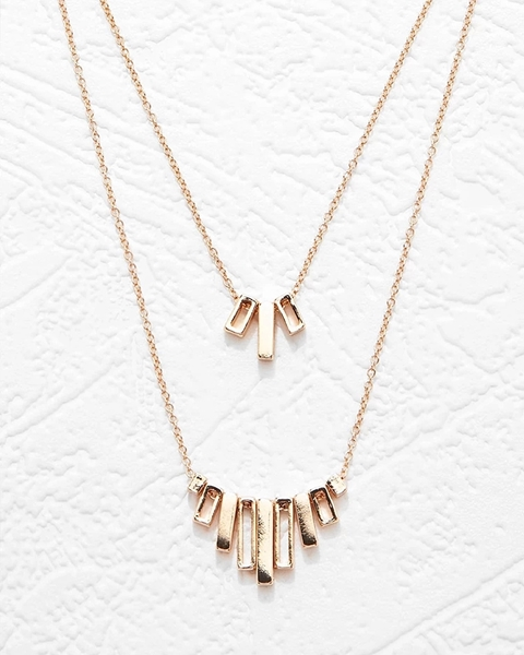 Picture of Fringe Pendant Necklace